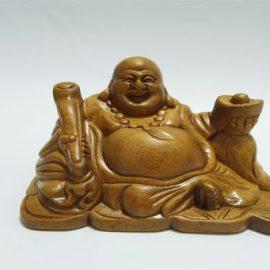 Phật di lặc cầm gậy như ý